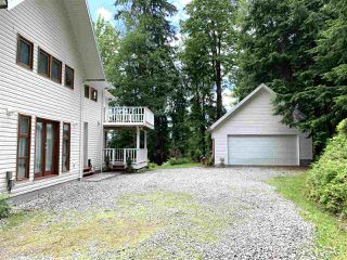 Photo 2: 10011 DEWDNEY TRUNK Road in Mission: Mission BC House for sale : MLS®# R2458657