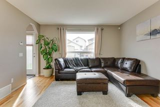 Photo 3: 6637 CARDINAL Road in Edmonton: Zone 55 House for sale : MLS®# E4199827