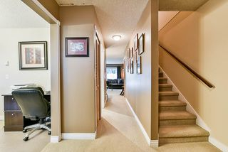 Photo 3: 2541 GORDON Avenue in Port Coquitlam: Central Pt Coquitlam Townhouse for sale : MLS®# R2463025