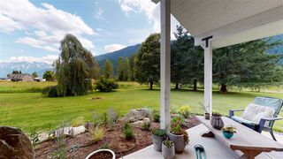 Photo 8: 8354 PEMBERTON MEADOWS Road in Pemberton: Pemberton Meadows House for sale : MLS®# R2478723