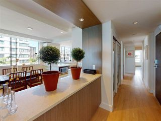 "Photo 15: 302 2090 ARGYLE Avenue in West Vancouver: Dundarave Condo for sale in ""Navvy Jack East"" : MLS®# R2481385"