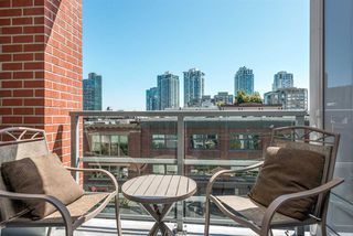 """Photo 5: 517 1133 HOMER Street in Vancouver: Yaletown Condo for sale in """"H & H"""" (Vancouver West)  : MLS®# R2484274"""