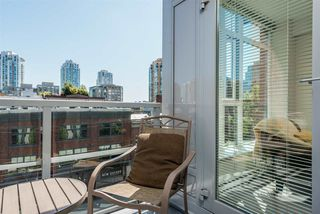 """Photo 3: 517 1133 HOMER Street in Vancouver: Yaletown Condo for sale in """"H & H"""" (Vancouver West)  : MLS®# R2484274"""