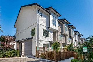 "Main Photo: 35 5867 129 Street in Surrey: Panorama Ridge Townhouse for sale in ""PANORAMA MEWS"" : MLS®# R2489885"