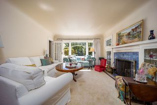 Photo 2: 2845 W 14TH Avenue in Vancouver: Kitsilano House for sale (Vancouver West)  : MLS®# R2498447