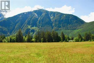 Photo 8: 944 MACKENZIE HIGHWAY in Bella Coola: House for sale : MLS®# R2482254