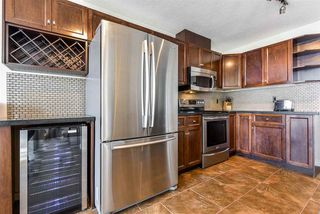 """Photo 6: 801 8 LAGUNA Court in New Westminster: Quay Condo for sale in """"The Excelsior"""" : MLS®# R2506687"""