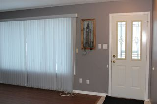Photo 5: 4702 44 Street: St. Paul Town House for sale : MLS®# E4222142