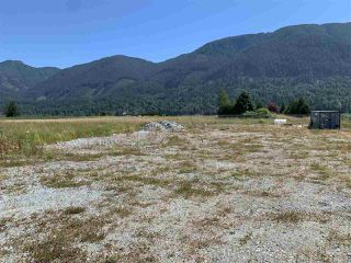 Photo 5: 10708 FARMS Road: Agri-Business for sale in Mission: MLS®# C8035662