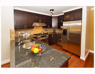 Photo 6: 3259 W 2ND Avenue in Vancouver: Kitsilano House 1/2 Duplex for sale (Vancouver West)  : MLS®# V682512