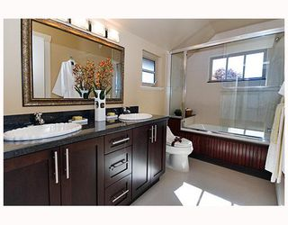 Photo 9: 3259 W 2ND Avenue in Vancouver: Kitsilano House 1/2 Duplex for sale (Vancouver West)  : MLS®# V682512