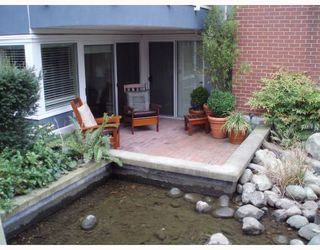 """Photo 8: 1555 MARINER Walk in Vancouver: False Creek Townhouse for sale in """"LAGOONS"""" (Vancouver West)  : MLS®# V696953"""