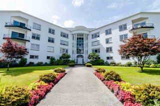 "Photo 15: 212 2890 POINT GREY Road in Vancouver: Kitsilano Condo for sale in ""KILLARNEY MANOR"" (Vancouver West)  : MLS®# R2389121"