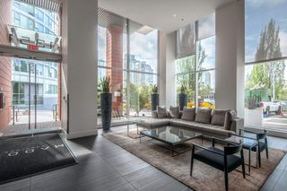 Photo 16: 2005 1351 CONTINENTAL STREET in Vancouver: Downtown VW Condo for sale (Vancouver West)  : MLS®# R2419308