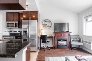 """Photo 11: 411 5650 201A Street in Langley: Langley City Condo for sale in """"Paddington Station"""" : MLS®# R2465928"""