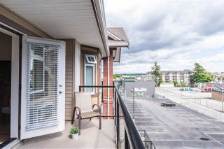 """Photo 20: 411 5650 201A Street in Langley: Langley City Condo for sale in """"Paddington Station"""" : MLS®# R2465928"""