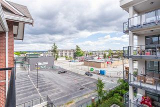 """Photo 23: 411 5650 201A Street in Langley: Langley City Condo for sale in """"Paddington Station"""" : MLS®# R2465928"""