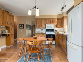 Photo 15: 226 SILVER MEAD Crescent NW in Calgary: Silver Springs Detached for sale : MLS®# A1025505