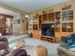 Photo 7: 226 SILVER MEAD Crescent NW in Calgary: Silver Springs Detached for sale : MLS®# A1025505