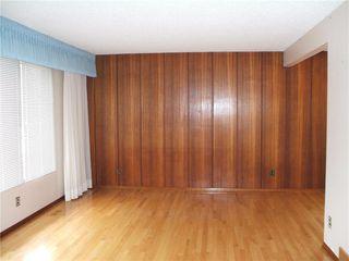 Photo 5: 30 Sage Crescent in Winnipeg: Crestview Residential for sale (5H)  : MLS®# 202021343