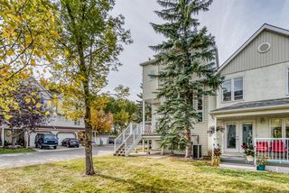 Photo 4: 192 Inglewood Cove SE in Calgary: Inglewood Row/Townhouse for sale : MLS®# A1039017