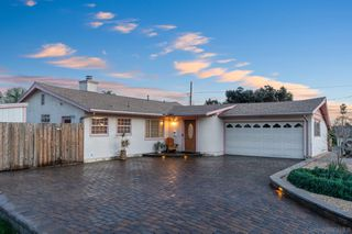 Photo 1: SAN DIEGO House for sale : 3 bedrooms : 6305 Badger Lake Ave in 92119