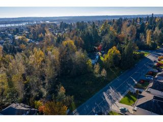 Photo 16: 7816 DUNSMUIR Street in Mission: Mission BC House for sale : MLS®# R2512120