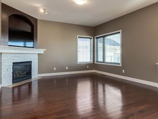 Photo 9: 64 Simcoe Close SW in Calgary: Signal Hill Detached for sale : MLS®# A1058933