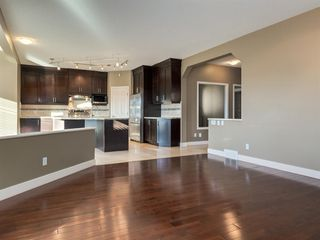Photo 2: 64 Simcoe Close SW in Calgary: Signal Hill Detached for sale : MLS®# A1058933