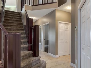 Photo 22: 64 Simcoe Close SW in Calgary: Signal Hill Detached for sale : MLS®# A1058933