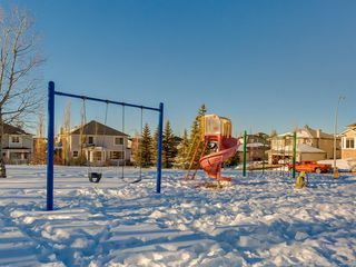 Photo 48: 64 Simcoe Close SW in Calgary: Signal Hill Detached for sale : MLS®# A1058933