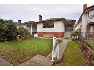 Photo 1: 145 E 38TH AV in Vancouver: Main House for sale (Vancouver East)  : MLS®# V863937