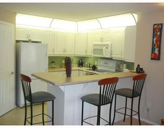Photo 8: 10308 114 ST in EDMONTON: Zone 12 Lowrise Apartment for sale (Edmonton)