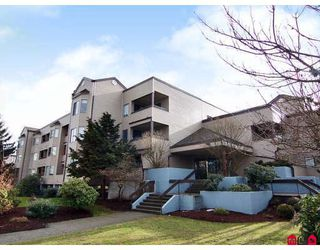 """Photo 1: 204 5294 204TH Street in Langley: Langley City Condo for sale in """"WATERS EDGE"""" : MLS®# F2803326"""