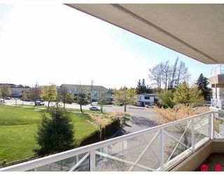 "Photo 10: 212 20217 MICHAUD Crescent in Langley: Langley City Condo for sale in ""Michaud Gardens"" : MLS®# F2805792"