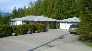 Main Photo: 4289 Eagle Bay Road: Eagle Bay House/Single Family for sale (Shuswap)  : MLS®# 9192122