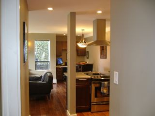"Photo 5: 112 1424 WALNUT Street in Vancouver: Kitsilano Condo for sale in ""WALNUT PLACE"" (Vancouver West)  : MLS®# V707285"