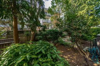 Photo 11: 205 110 SEVENTH Street in New Westminster: Uptown NW Condo for sale : MLS®# R2392697