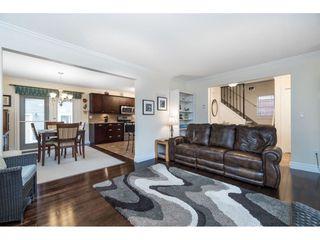 "Photo 3: 45193 NICOMEN Crescent in Sardis: Vedder S Watson-Promontory House for sale in ""Garrison Crossing"" : MLS®# R2421704"