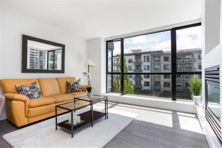 "Photo 5: 405 124 W 1ST Street in North Vancouver: Lower Lonsdale Condo for sale in ""Q"" : MLS®# R2458347"