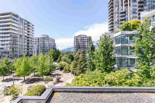 "Photo 25: 405 124 W 1ST Street in North Vancouver: Lower Lonsdale Condo for sale in ""Q"" : MLS®# R2458347"