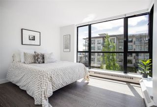 "Photo 16: 405 124 W 1ST Street in North Vancouver: Lower Lonsdale Condo for sale in ""Q"" : MLS®# R2458347"