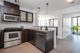 "Photo 15: 405 124 W 1ST Street in North Vancouver: Lower Lonsdale Condo for sale in ""Q"" : MLS®# R2458347"