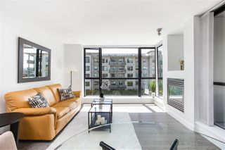 "Photo 4: 405 124 W 1ST Street in North Vancouver: Lower Lonsdale Condo for sale in ""Q"" : MLS®# R2458347"