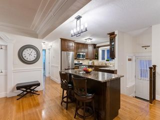 Photo 9: 438 Astoria Crescent SE in Calgary: Acadia Detached for sale : MLS®# A1010391