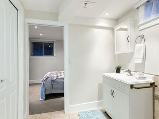 Photo 33: 438 Astoria Crescent SE in Calgary: Acadia Detached for sale : MLS®# A1010391