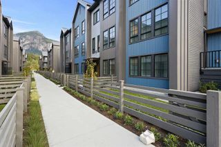 "Photo 2: 1353 VALLEYSIDE Place in Squamish: Downtown SQ Townhouse for sale in ""SEA AND SKY"" : MLS®# R2487745"