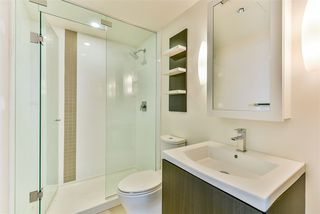 Photo 4: 1806 1775 QUEBEC Street in Vancouver: Mount Pleasant VE Condo for sale (Vancouver East)  : MLS®# R2489458