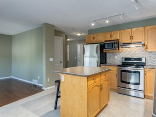 Photo 12: 48 SOMERSIDE Grove SW in Calgary: Somerset Detached for sale : MLS®# A1031894