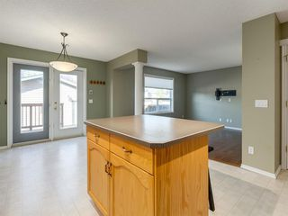 Photo 10: 48 SOMERSIDE Grove SW in Calgary: Somerset Detached for sale : MLS®# A1031894